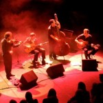 Minor_Sing_en_concert_jazz_manouche